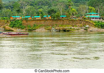 Logia amazónica en Ecuador