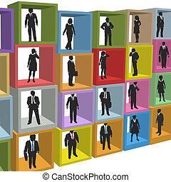 Los empresarios recurran a cajas de cubículos