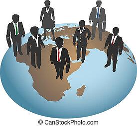 Los empresarios se apoyan en el mundo global