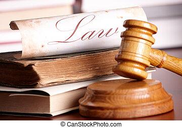 Los jueces se rindieron con libros muy viejos