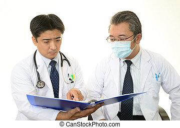 Los médicos se reúnen