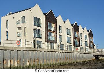 Los pisos de Riverside