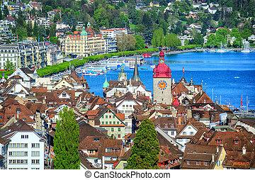 Lucerne, Suiza, vista aérea al lago