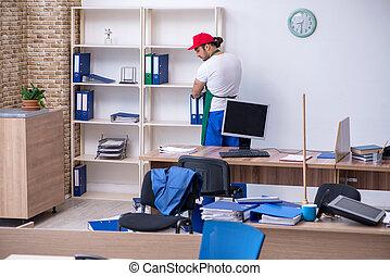 macho, oficina, contratista, joven, limpieza