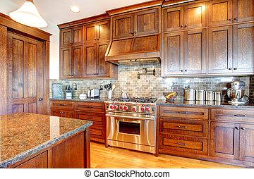 Madera de pino de lujo, hermoso diseño de cocina.