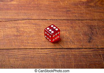Madera jugando cubo del tamaño grande