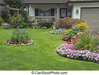 Manejaba casa y jardín