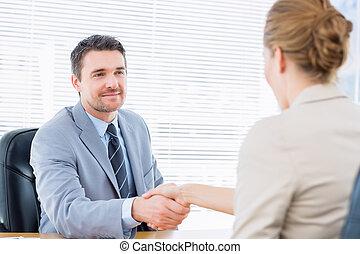 manos, ejecutivos, empresa / negocio, sacudida, después, reunión