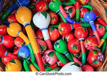 Maracas coloridas hechas a mano de México pintadas