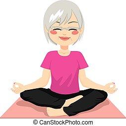 Meditación de yoga senior