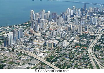 Miami City Downtown, vista aérea al mar azul