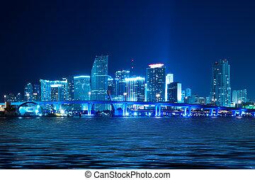 Miami Skyline por la noche