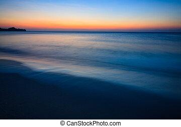 minimalistic, vista marina, crepúsculo