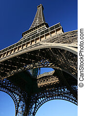 Mirando a Eiffel