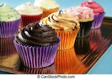 mollete, cupcakes, crema, colorido, arreglo