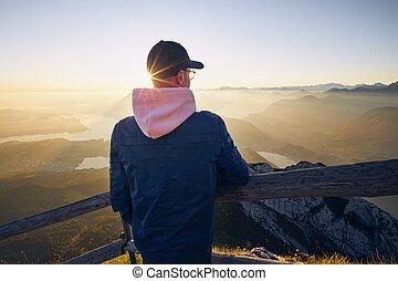 montaña, salida del sol, gama, mirar, excursionista