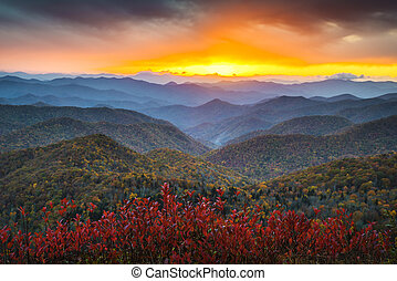 montañas azules, nc, caballete, appalachian, destino, vacaciones, otoño, ocaso, occidental, escénico, parkway, paisaje
