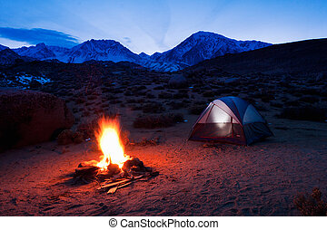 montañas, campamento