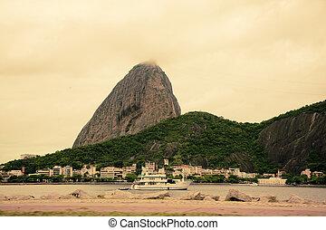Mountain Sugarloaf rio de Janeiro brazil