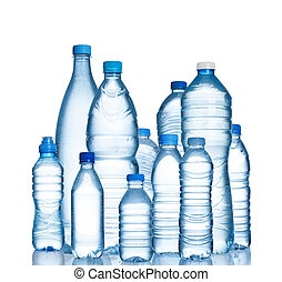Muchas botellas de agua de plástico