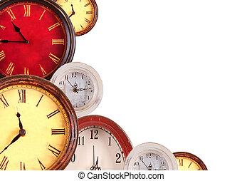 Muchos relojes de fondo blanco