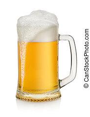 Mug con cerveza aislada