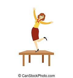 Mujer bonita bailando en la fiesta corporativa en la oficina