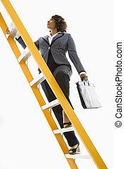 mujer de negocios, ladder., montañismo