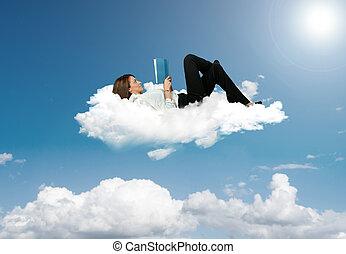 mujer de negocios, libro, lectura, nube