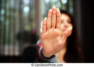 mujer, ella, parada, mano, extendido, señalización, focus), (only