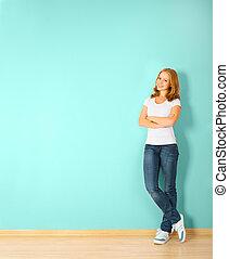 mujer felíz, pared, posición, blanco, habitación