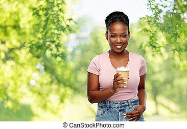 mujer feliz, norteamericano, bebida, africano, café