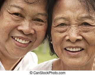 mujer mayor, asiático