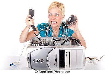 Mujer perdida en tecnología