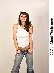 Mujer sexy con jeans y tanga