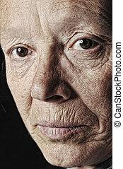 Mujer vieja, cara