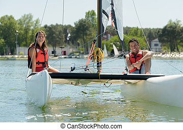 navegación, pareja, joven, barco