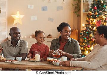 navidad, familia feliz, african - american