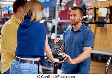 necesidad, bicicleta, ropa de deporte, ejercicio, tienda, hermoso, comprar, pareja