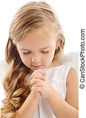 Niña rezando