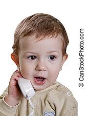 Niño con teléfono