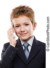 Niño hablando teléfono móvil