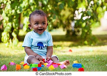 niño, poco, norteamericano, africano, bebé, pasto o césped, juego