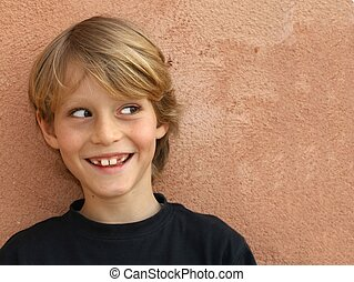 niño, sonriente, descarado, niño, niño, o, feliz