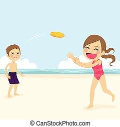 Niños jugando disco volador