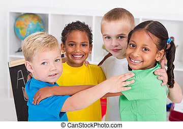 niños, preescolar, abrazar, feliz
