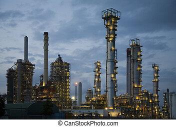 noche, refinería, 8