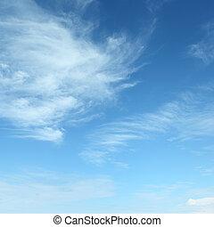 Nubes blancas y esponjosas