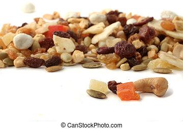 Nueces y frutas