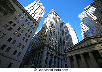 Nueva York clásica, calle de pared, rascacielos en Manhattan